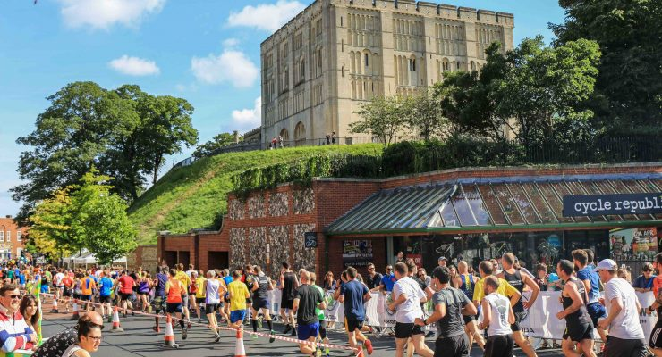 Runners pass the Castle at Run Norwich 2017