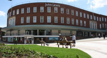 Free race day drink at John Lewis for runners